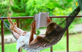 reading_hammock